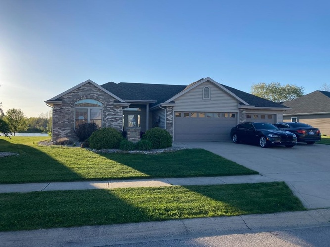1935  Mark Anthony Crossing Fort Wayne, IN 46818-9149 | MLS 202116472