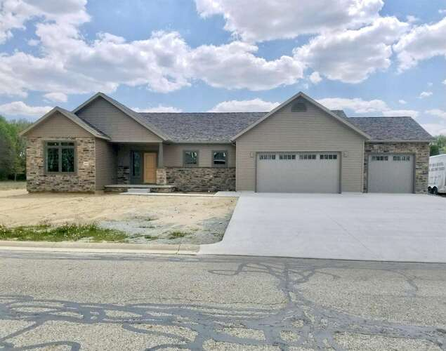 Hillcrest Avenue Plymouth, IN 46563   MLS 202117817