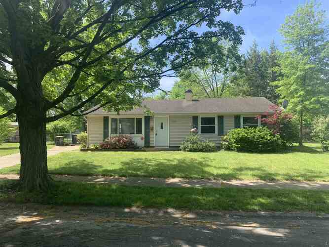 3506  Brookhurst Place South Bend, IN 46615-3312 | MLS 202118609