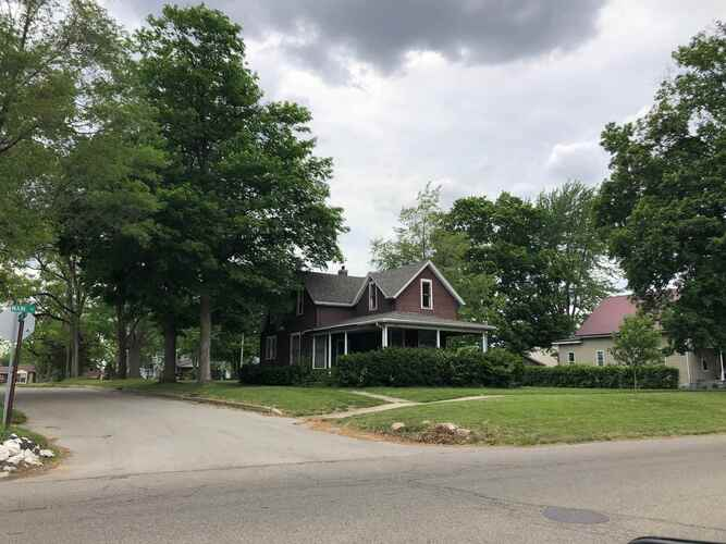 1528  Main Streets Rochester, IN 46975   MLS 202119243