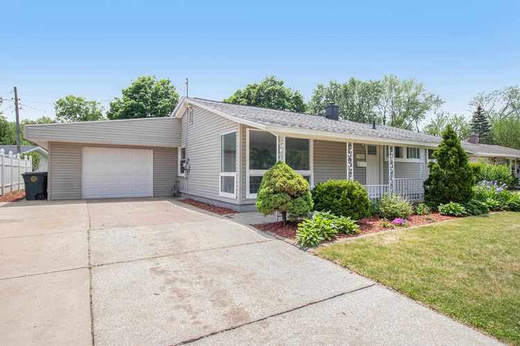 3526  Corby Boulevard South Bend, IN 46615 | MLS 202119540