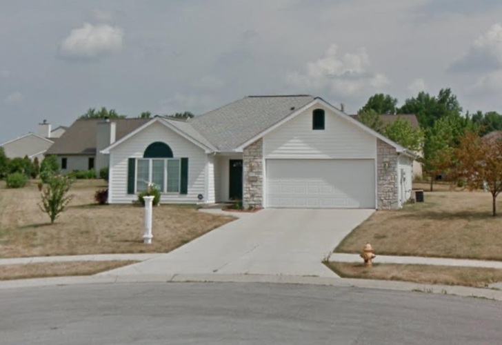 5720  Newland Place Fort Wayne, IN 46835   MLS 202120148