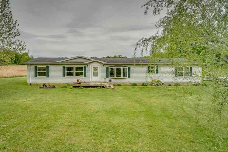 198  Green Acres Road Mitchell, IN 47446 | MLS 202120184