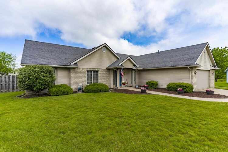 6229  Chateau Place Fort Wayne, IN 46835 | MLS 202120893