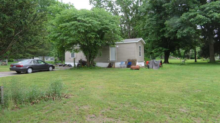 5018 E COUNTRY CLUB Road Logansport, IN 46947   MLS 202121403