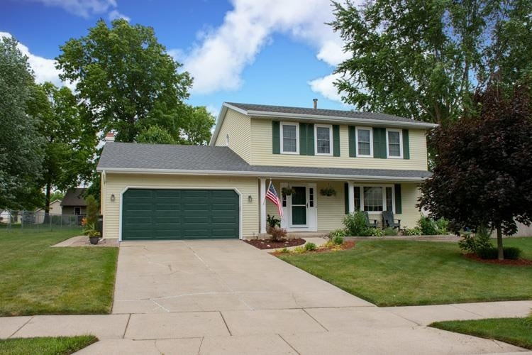 1820  Somersworth Drive South Bend, IN 46614-6332 | MLS 202124615