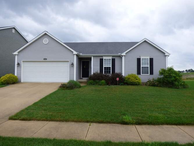 1416  Slater Drive South Bend, IN 46614-5082   MLS 202125050
