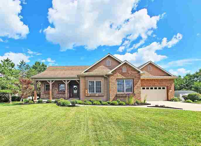 1474 E Crane Pond Drive Marion, IN 46952-9525 | MLS 202126214