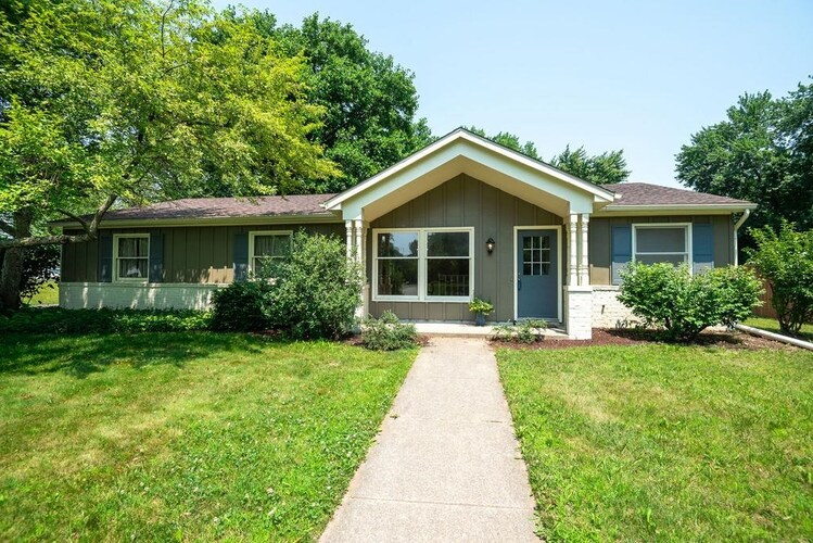 1365 E Riding Mall  South Bend, IN 46614-6130 | MLS 202128710