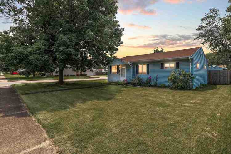 1335  Pyle Avenue South Bend, IN 46615-3563   MLS 202129697