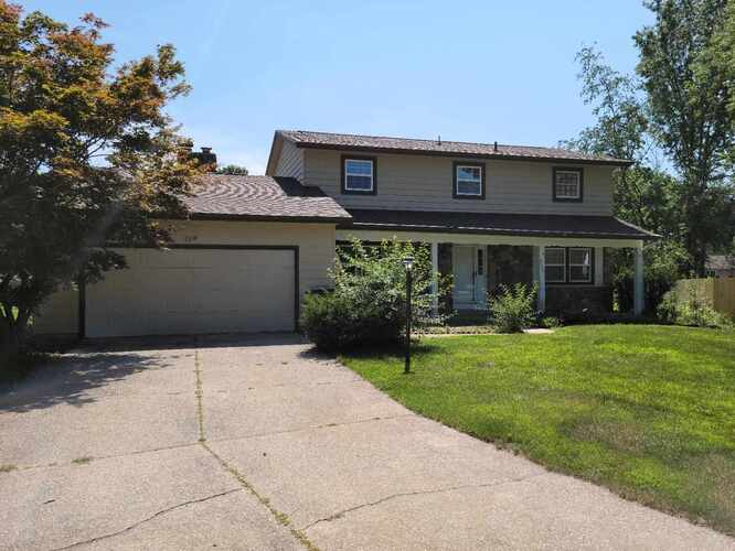 1301  Andover Place Court Elkhart, IN 46514 | MLS 202131145