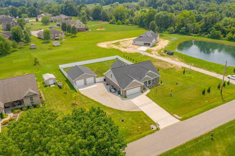 10801  Middle Mount Vernon Road Mount Vernon, IN 47620 | MLS 202131234