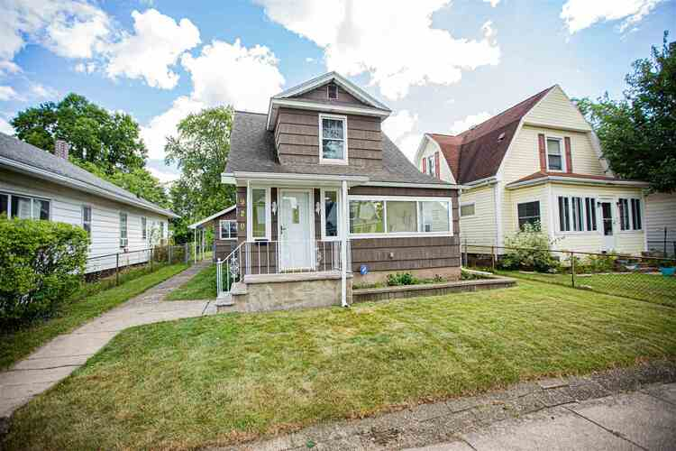 920  Emerson Avenue South Bend, IN 46615   MLS 202137945