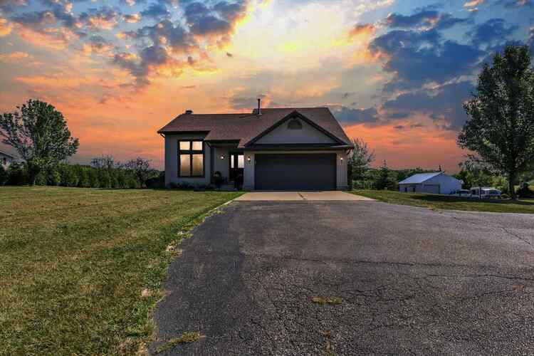 53622  State Road 13  Middlebury, IN 46540-8930 | MLS 202139114