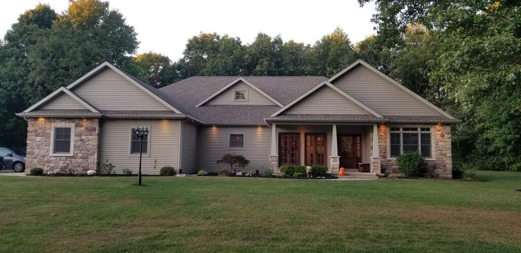 55851  Pyrenees Place Middlebury, IN 46540 | MLS 202140458