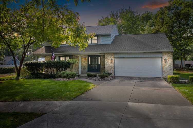 11123  Carriage Place Fort Wayne, IN 46845-1402 | MLS 202141499