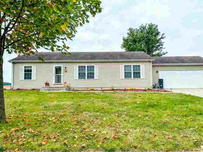 627  Man-Chester Drive Rochester, IN 46975   MLS 202141555