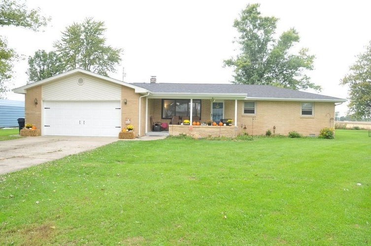 123 S Clearview Drive New Castle, IN 47362-9128 | MLS 202143167