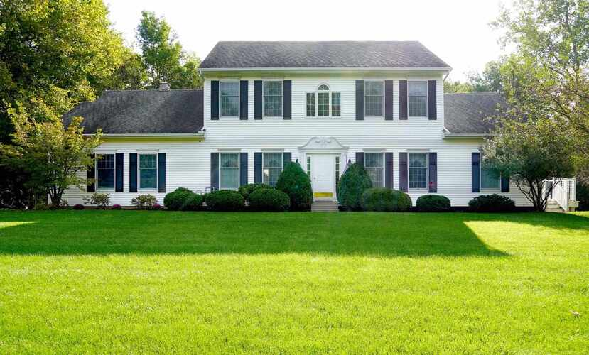 6129 W Pook Road South Whitley, IN 46787 | MLS 202143380