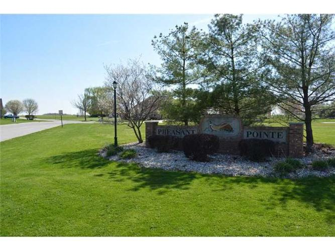 2032 Partridge Drive Franklin, IN 46131 | MLS 21287480 | photo 3