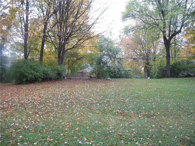 2050 Idlewood Drive Indianapolis IN 46240 | MLS 21523268 | photo 1