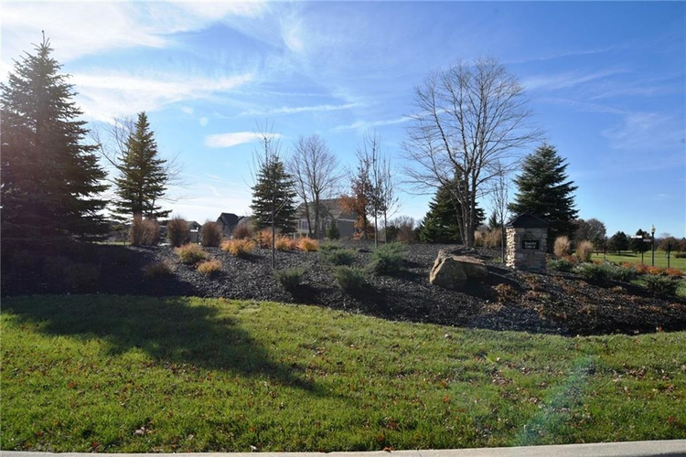 5510 COTTAGE GROVE Lane Noblesville, IN 46062 | MLS 21525377 | photo 1
