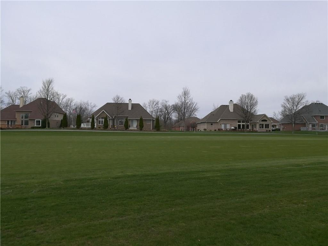 6832 N Royal Oakland Drive NW Lawrence , IN 46236 | MLS 21560404 | photo 11