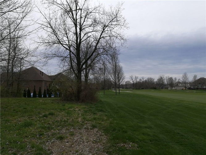 6832 N Royal Oakland Drive NW Lawrence , IN 46236 | MLS 21560404 | photo 14
