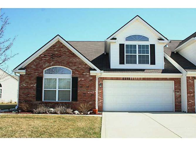 1355  Colony Park Circle Greenwood, IN 46143 | MLS 21332165