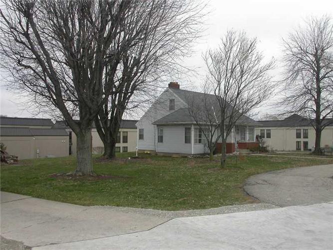 1024 SR 229 Batesville IN 47006 | MLS 21343242 | photo 2