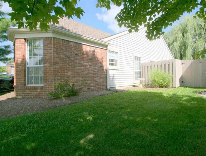 7674 Waterwood Drive Indianapolis, IN 46214 | MLS 21429267 | photo 1