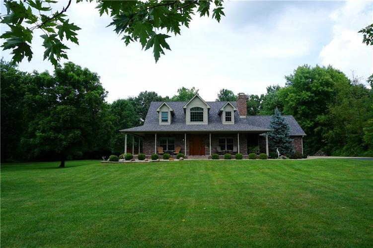 5116 HICKORY GROVE Road Martinsville, IN 46151 | MLS 21433285 | photo 1