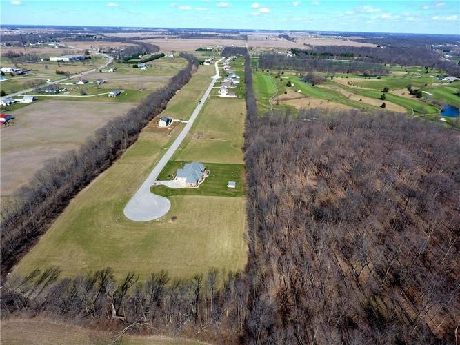 021 Hyland Meadows Drive Knightstown, IN 46148   MLS 21470240   photo 5