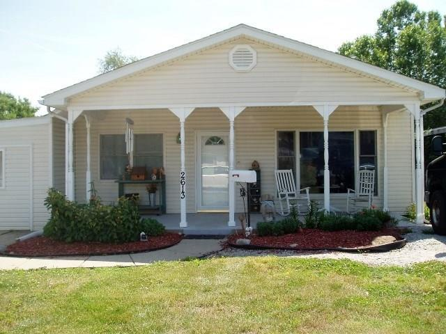2613 N 13th 1/2 Street Terre Haute, IN 47804 | MLS 21491686