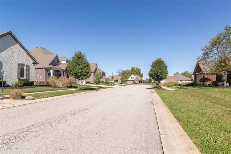 6611  stonepointe Way Indianapolis, IN 46259 | MLS 21497448