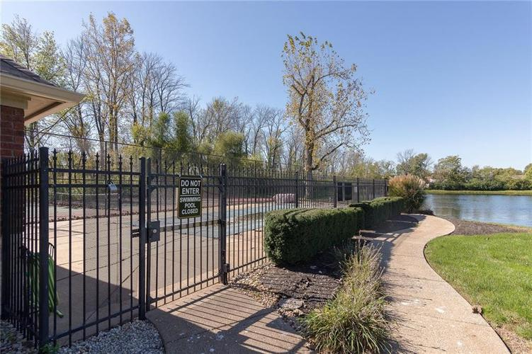 6621 flowstone Way Indianapolis, IN 46259 | MLS 21497464 | photo 2