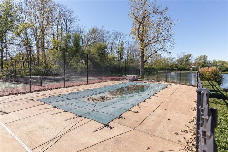 6621 flowstone Way Indianapolis, IN 46259 | MLS 21497464 | photo 3