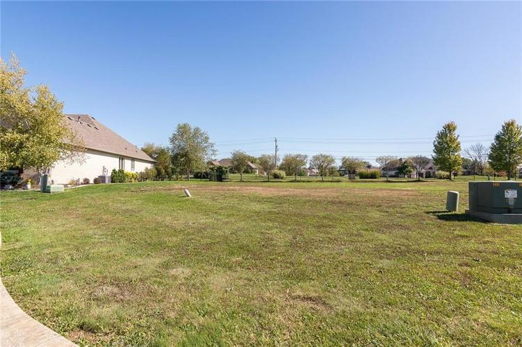 6560  stonepointe Way Indianapolis, IN 46259 | MLS 21497472