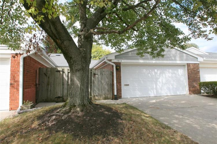 7614 Vintage Circle Indianapolis, IN 46226 | MLS 21511781 | photo 1