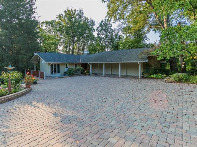 5129  Green Braes East Drive Indianapolis, IN 46234 | MLS 21516537