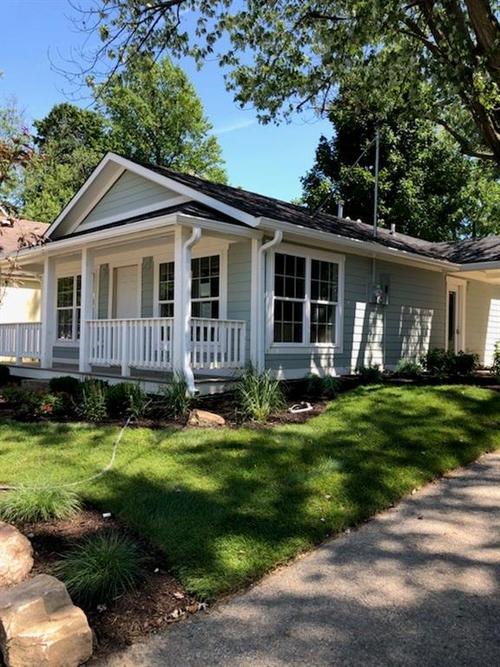 121 5th Street NE Carmel, IN 46032 | MLS 21527942 | photo 2