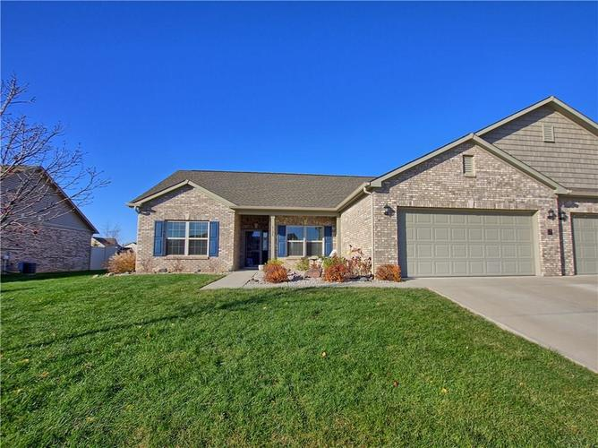 6124 Lazy Lane Indianapolis IN 46259 | MLS 21528199 | photo 1