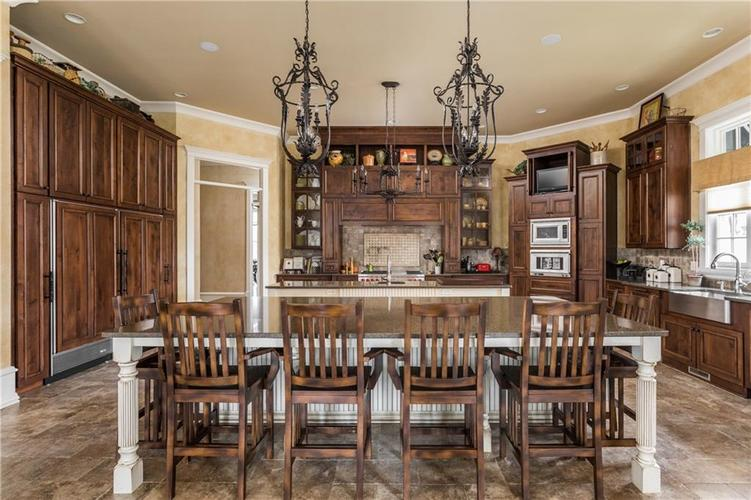 7490 Hunt Country Lane Zionsville, IN 46077 | MLS 21548067 | photo 14