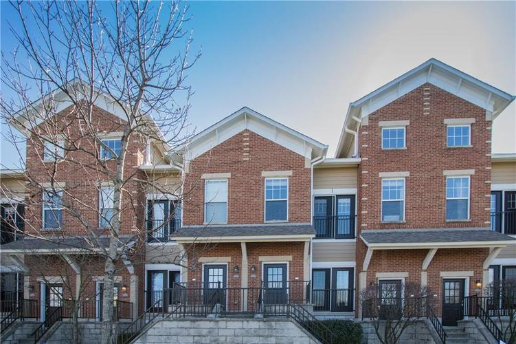 6582 RESERVE Drive #8 Indianapolis, IN 46220 | MLS 21549233 | photo 1