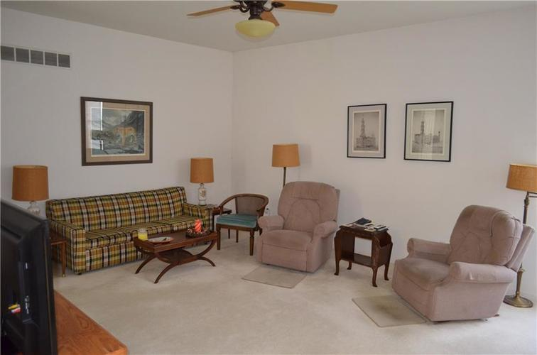 6267 Glenhaven Court Indianapolis, IN 46236 | MLS 21559488 | photo 8
