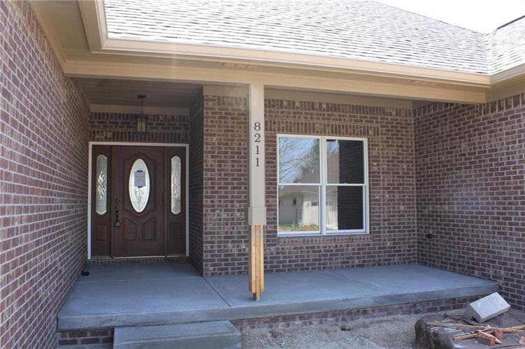8211 Spring Valley Drive Plainfield, IN 46168 Photo 3