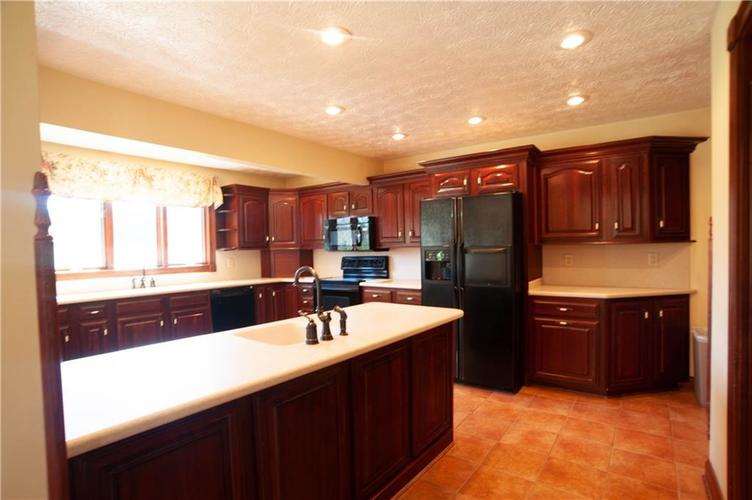 10005 Judson Drive Mooresville, IN 46158 Photo 12