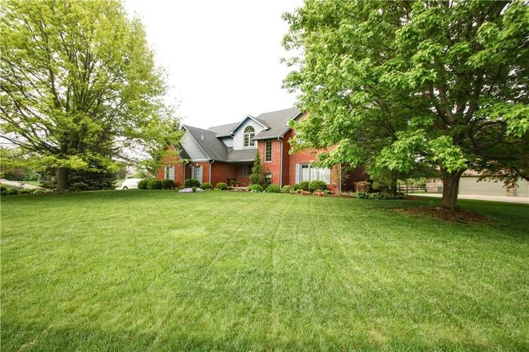 7267  Lakeside Woods Drive Indianapolis, IN 46278   MLS 21566594