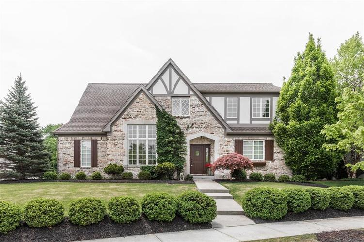7667  Carriage House Way Zionsville, IN 46077 | MLS 21568407