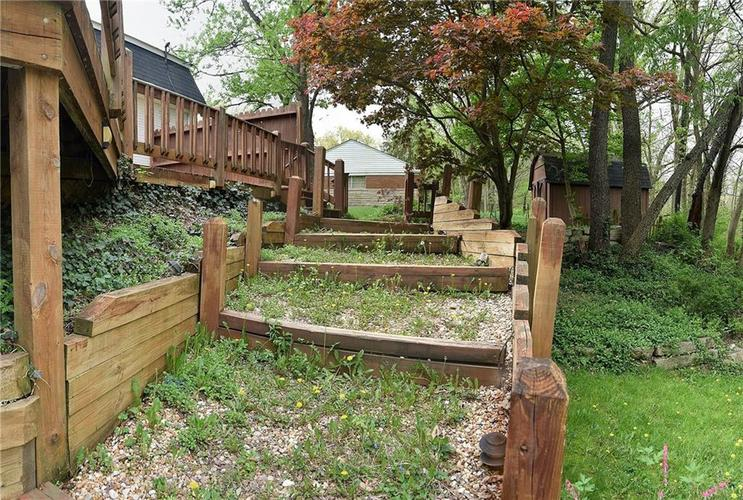 4060 CROOKED CREEK OVERLOOK Street Indianapolis, IN 46228 Photo 25